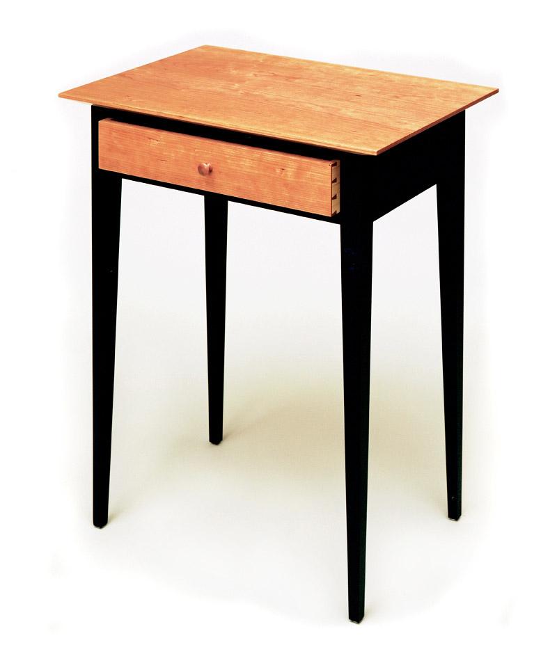 Shellac Light Pete E. Michelinie - Fine Furniture - Shaker Night Stand